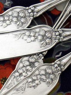 "Rogers ""Orange Blossom"" butter knives..."