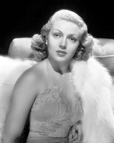 8 Pregnancy Scandals That Rocked Hollywood Lana Turner- ellemag Old Hollywood Glamour, Golden Age Of Hollywood, Vintage Hollywood, Hollywood Stars, Hollywood Icons, Vintage Glamour, Lana Turner, Seinfeld, Classic Actresses