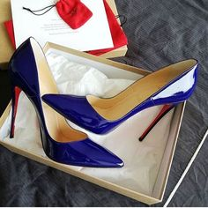e8fa69aa567b Photo by Louboutin Fan Page ( louboutininternational)