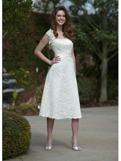 Lace A-Line Strapless Softly Curved Neckline Wedding Dress