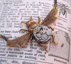 Steampunk Bee -- awesome!