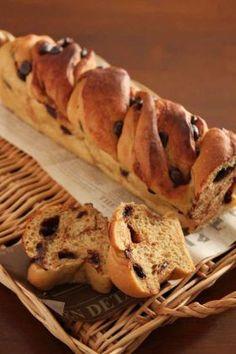 「チョコモカシナモンのツイストパン」takacoco | お菓子・パンのレシピや作り方【corecle*コレクル】