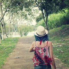 """""""Um pé na estrada eu vou botar e já está na hora de ir.."""" . . . . #lagoa #summer #tuiuti #verao #verao2017 #summerlove #sun  #sol #saopaulo #interior  #picofthenight #photosofthenight #photos  #love #agua #lago #lake  #city #2017 #veneninlove #penaestrada #naestrada #irmaourso #irmao"""