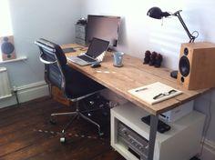 Scaffold board desk