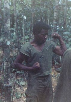 D Company, 3rd Platoon, 1st Battalion, 22nd Infantry Regiment. This infantryman has his CIB affixed on his right sleeve, his 4th Infantry Division patch center mass, and his name tape on his left sleeve. Photograph taken around 1969-1970. 4th Infantry Division, D Company, Vietnam War Photos, Us Vets, Navy Military, American War, Abstract Landscape, Tape, United States