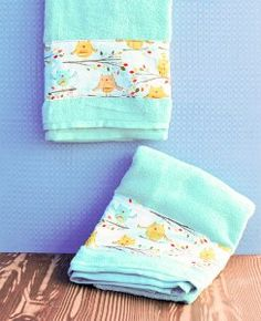 This Owl Dry DIY Bath Towels tutorial shows you how to embellish your bath and dish towels with an adorable fabric.
