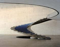 The most beautiful stairs in the world: The staircase of Oscar .- The most beautiful stairs in the world: Oscar Niemeyer& staircase at Itamaraty Palace in Brasilia - Oscar Niemeyer, Stairs Architecture, Beautiful Architecture, Interior Architecture, Fashion Architecture, Architecture Details, Graphisches Design, House Design, Design Ideas