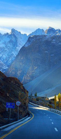 Karakorum highway. Autumn season in Northern Pakistan. // Premium Canvas Prints & Posters // www.palaceprints.com