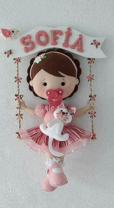 Cxxx c hi hh w hhhhhwhuh u yywyuuujjwj&wj&huwu w i r thrifty tvh ref r - SalvabraniLittle baby boy and girl in felt w/pattern Felt Crafts, Diy And Crafts, Crafts For Kids, Felt Fabric, Fabric Dolls, Felt Wreath, Baby Mobile, Felt Baby, Felt Patterns