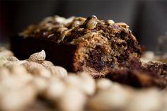 Schokoladenkuchen mit Erdnüssen vegan