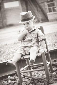Morceau Photography child photography | boys | fedora | train tracks