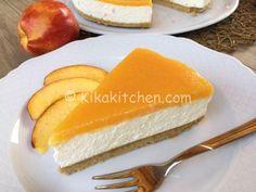 cheesecake alle pesche senza cottura Cheesecake Mix, Sweet Cakes, Cheesecakes, Yummy Cakes, Biscotti, Nutella, Sweet Recipes, Yogurt, Buffet
