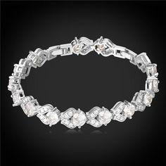 Sterling Silver 925 Open Star /& Moon pendantes bracelet réglable Cute Bracelet A47