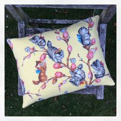 I'M IN LOVE Vintage nursery children's Pussy Willow barkcloth by jellyjamellie