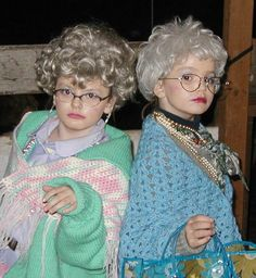 Old lady costume Old People Costume, Old Lady Costume, Homemade Halloween, Halloween Party, Halloween Costumes, Minion Halloween, Granny Costume, 100s Day, 100 Day Celebration