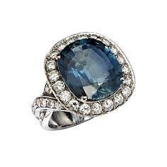 RING  Hvitt gull. 18 K. Fattet med en safir 14,0 - 12,3 mm og 42 brillianter 1,30 ct. Totalvekt: 12,2 g. Antatt kvalitet: Wesselton SI STØRRELSE 54 HØYDE 19 MM Sapphire, Gemstone Rings, Gemstones, Jewelry, Jewlery, Gems, Jewerly, Schmuck, Jewels