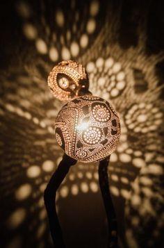 Kokosnootlampen veranderen je kamer in een tropisch lichtfeestje | The Creators Project