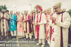 Milni at Wedding at the bridgewater gurdwara in New Jersey.Gujarati Groom - Sikh Bride.#meetthesherwals Best Wedding Photographer PhotosMadeEz. Award Winning Photographer Mou Mukherjee