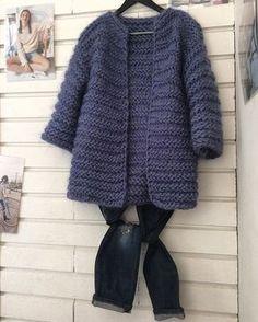abrigo tejido con palillos grandes ...ideal para un primer tejido❤⛄