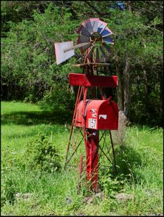 unique mailboxes | Two More Unique Mailboxes: Windmill and Caboose