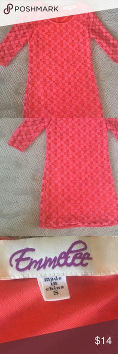 Emmelee dress GUC. Lined except for sleeves. Back zip. Hits approximately above knee. Emmelee Dresses