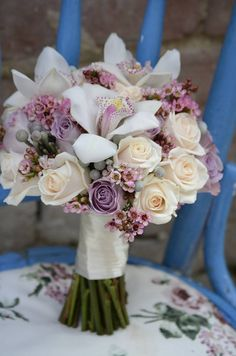 Beautiful flower bouquet fit for a bride - inspiration Rustic Wedding Flowers, Bridal Flowers, Purple Wedding, Floral Wedding, Flower Bouqet, Beautiful Bouquet Of Flowers, Flower Bouquet Wedding, Wedding Wows, Wedding Bride