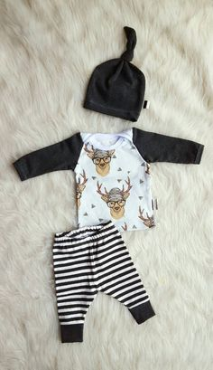 Hipster Deer Coming Home Outfit, Leggings, Shirt, & Matching Knot Hat, Size…
