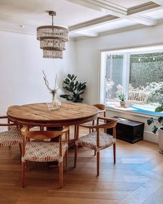 Unordinary Dining Room Design Ideas With Bohemian Style,.- Unordinary Dining Room Design Ideas With Bohemian Style, … Unordinary Dining Room Design Ideas With Bohemian Style, - Family Dining Rooms, Dinning Room Tables, Dining Room Furniture, Dining Chair, Dining Area, Room Interior Design, Dining Room Design, Furniture Design, Chair Design