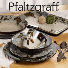Giveway- Enter to Win!! The Holiday Table: Pfaltzgraff Rustic Leaves Dinnerware