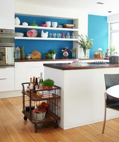 Splash of Color   Don't let the challenges of a small space cramp your decorating style.