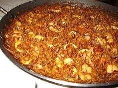 Fideua! Spanish Cuisine, Spanish Dishes, Asian Recipes, Healthy Recipes, Ethnic Recipes, My Favorite Food, Favorite Recipes, Exotic Food, Savoury Dishes