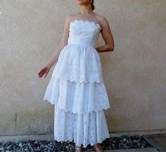 i think i could make this, i love it!Vintage 1950s Wedding Dress Eyelet Sweetheart White by KMalinka, $185.00