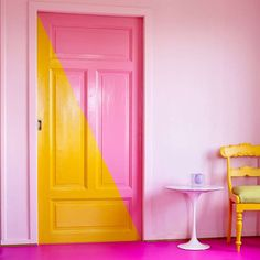 Color of the Year 2016 - PINK Photo: / fargerike.no / Color: Tutu Pink Toilet, Yellow Office, Yellow Doors, Door Murals, Shabby Chic Baby Shower, Yellow Interior, Yellow Bathrooms, Pink Photo, Pink Room