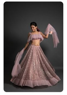 Top 15 Designer Bridal Lehenga for Wedding - Fashion Girls Indian Wedding Gowns, Party Wear Indian Dresses, Designer Party Wear Dresses, Party Wear Lehenga, Indian Gowns Dresses, Indian Bridal Outfits, Indian Fashion Dresses, Dress Indian Style, Indian Designer Outfits