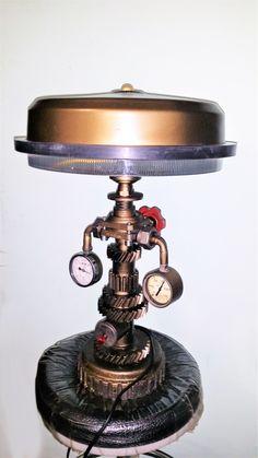 лампа в стиле симпанк