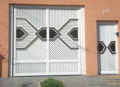 Modelos de portões de alumínio – Preços | Decorando Casas Home Gate Design, Large Gazebo, Gate House, Garage Doors, Metal, Outdoor Decor, Home Decor, Iron Gate Design, Modern Gates