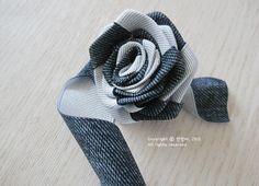 Цветы из киперной ленты, широкой тесьмы, для украшения ободка. Мастер-класс (5) (627x453, 622Kb)