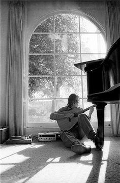 James Taylor. 1969 . Henry Diltz Photography