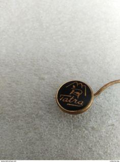 "RARE TATRA 70""S LOGO  VINTAGE  BADGE PIN - Trademarks"