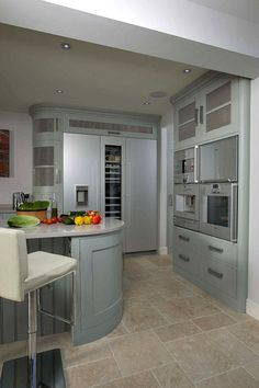 Tim Moss Was Given A Brief To Construct A Handmade Bespoke Kitchen, Which  Was User