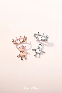 Happy #SiblingsDay! Make your sisters feel like royalty today with our collectable #BellaBot charms. Hand-finished in sterling silver and PANDORA Rose, this sweet little charm is the perfect reminder that kindness and generosity run in the family.