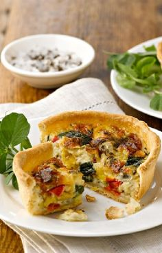 Low FODMAP and Gluten Free Recipe - Roasted vegetable quiche