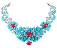 Kingfisher Necklace by Van Cleef & Arpels. This Van Cleef & Arpels jewel is made with turquoise, diamonds, and pinkish-red spinels. Van Cleef Arpels, Van Cleef And Arpels Jewelry, High Jewelry, Jewelry Necklaces, Jewellery, Bling, Necklace Box, Ruby Necklace, Turquoise Jewelry