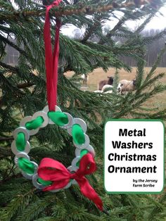 Create a manly, unique and simply beautiful decoration with this metal washers Christmas ornament tutorial.  A great gift for any man in your life! #DIYChristmasOrnaments #homemade #christmasornaments