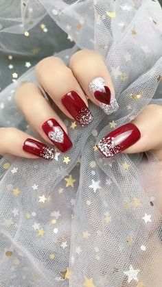 14 Sweet Valentine's Day Nail Design for You 2020 <br> Valentine's Day approaching, you can surprise your lover by choosing your favorite sweet nail design. Valentine's Day nail designs are a perfect way t Valentine's Day Nail Designs, Nail Art Designs Videos, Nail Art Videos, Christmas Nail Art Designs, Christmas Nails, Holiday Nails, Makeup Videos, Fancy Nail Art, Fancy Nails