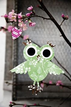 paper owl by Rie Elise Larsen Owl Crafts, Crafts For Kids, Arts And Crafts, Paper Crafts, Diy Paper, Paper Owls, Paper Art, Flora, Owl Always Love You