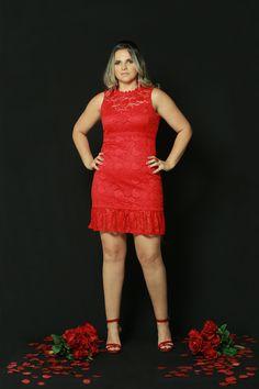 Sabe aquele look #VERMELHOinesquecível ?? Esse vestido em #renda é tudo isso e muito mais!!! 🌹🌹🌹