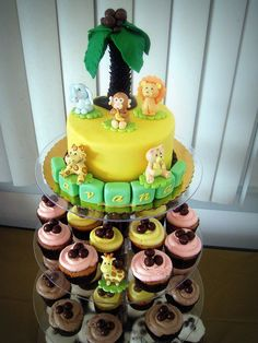 jungle baby shower favors  | Safari-themed baby shower cake and cupcakes | Flickr - Photo Sharing!