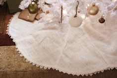 joy ever after :: details that make life loveable :: - Journal - simple tree skirtdiy