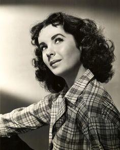 Elizabeth Taylor, 1948 beautiful